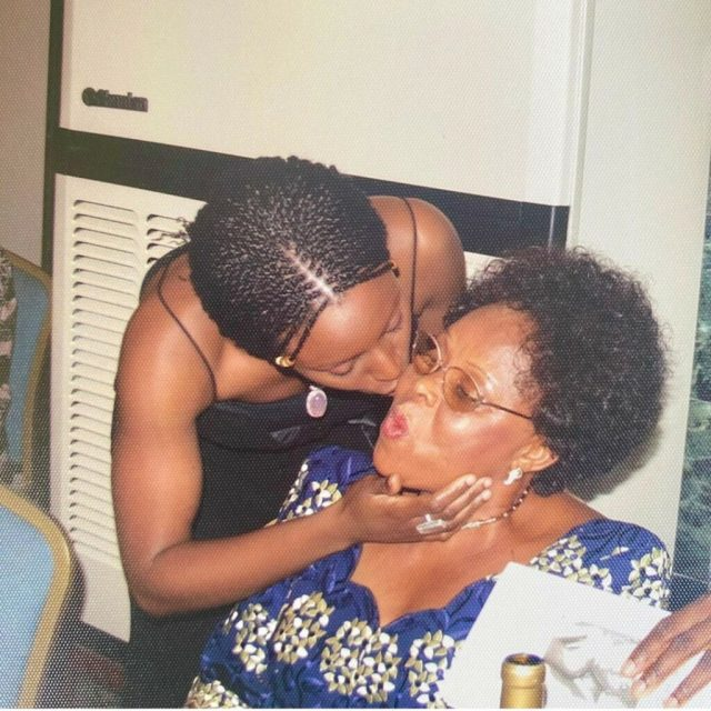 How Does A Heart Break Twice – Chimamanda Adichie Mourns As She Shares How Her Mum Died 8 Months After Her Dad2